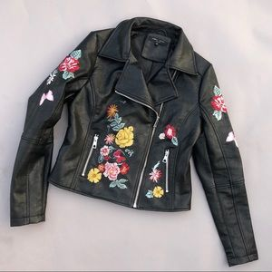 Romeo + Juliet black faux leather embroidered moto